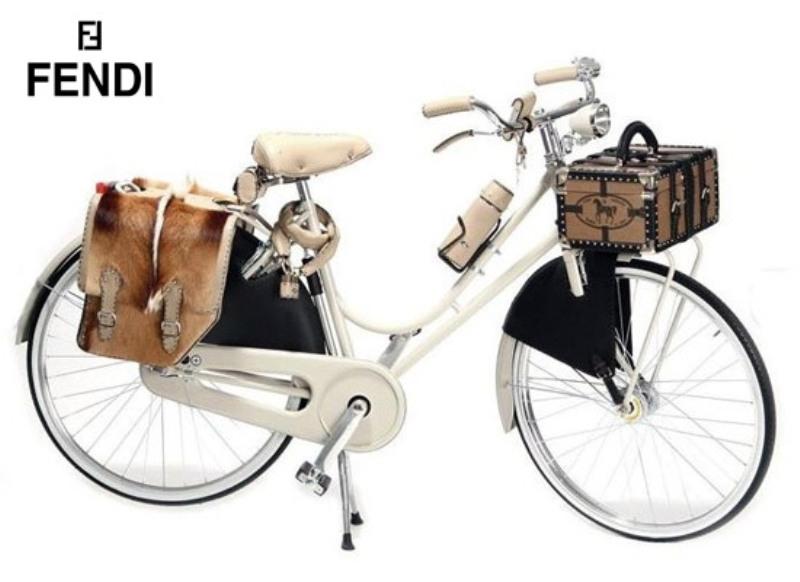 Роскошный велосипед Fendi Abici Amante Donna.